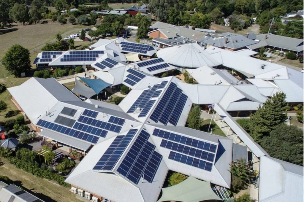 households with solar panels